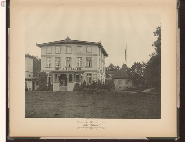 Hotel Bellevue (in: Staunau)